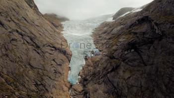Briksdalsbreen Glacier (Norway).jpg