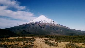 Mount Taranaki (New Zealand).jpg