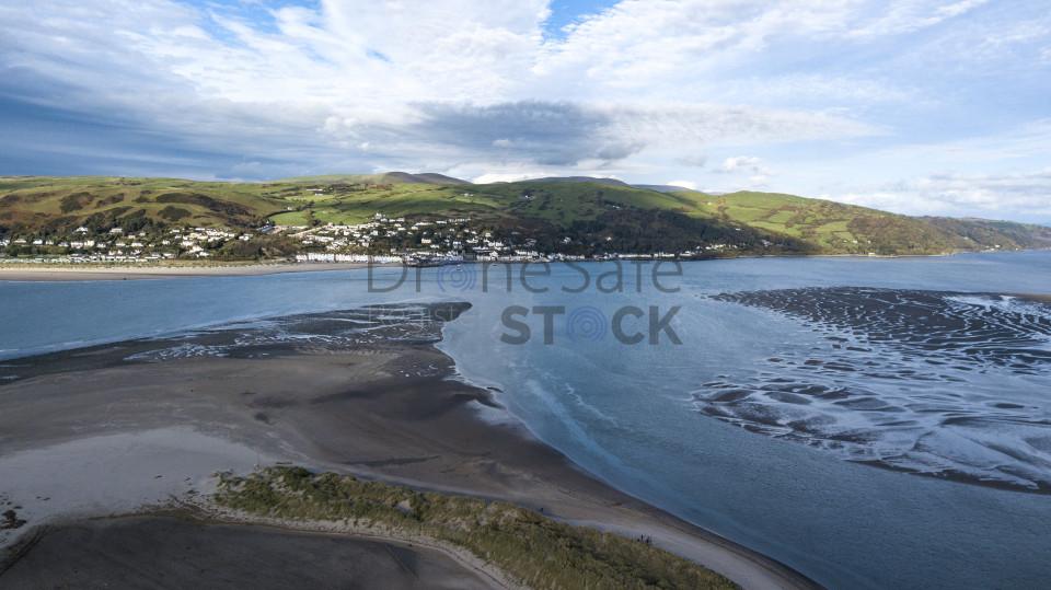 Dyfi Estuary In The Summer